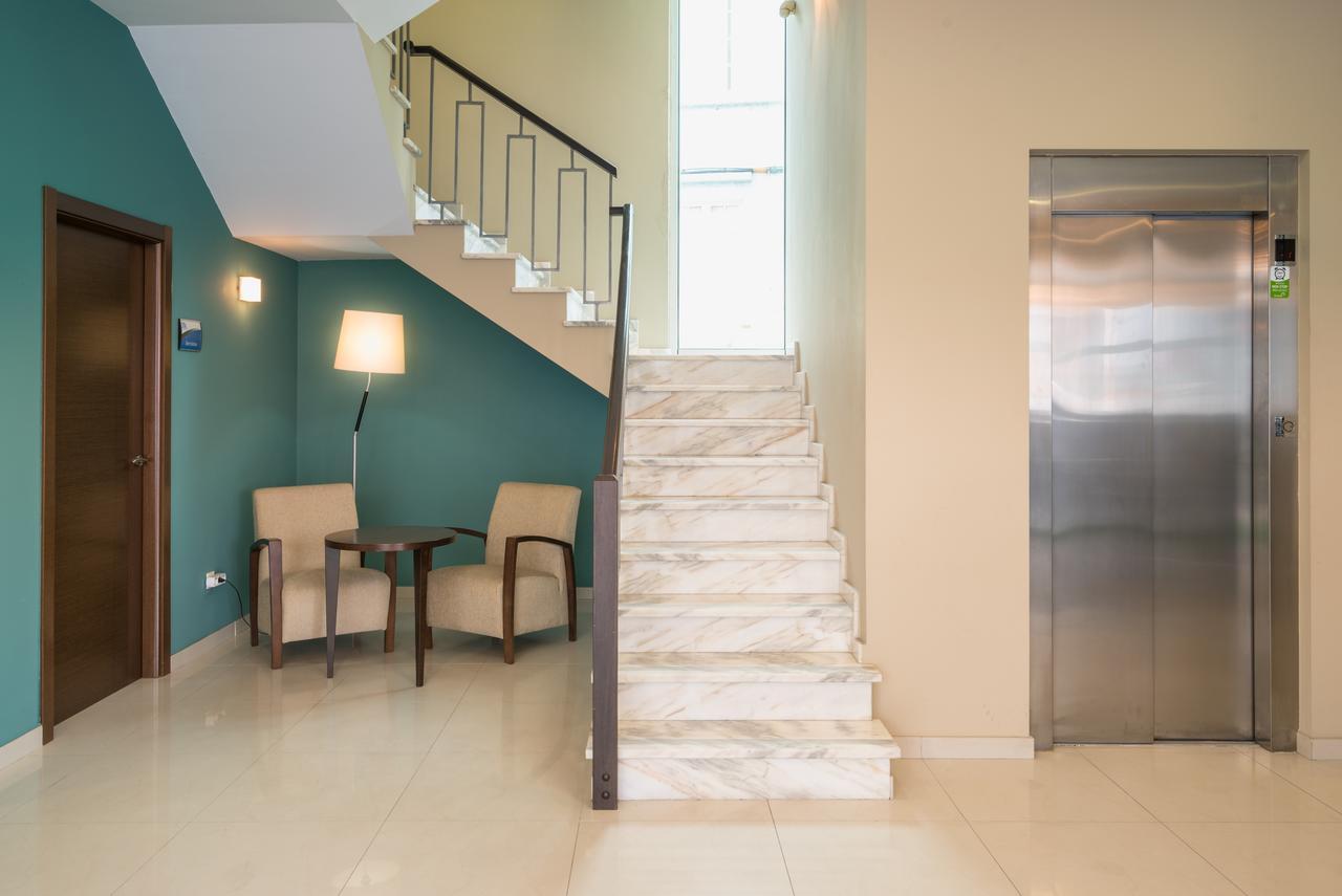 hotel-ms-boiro-escaleras