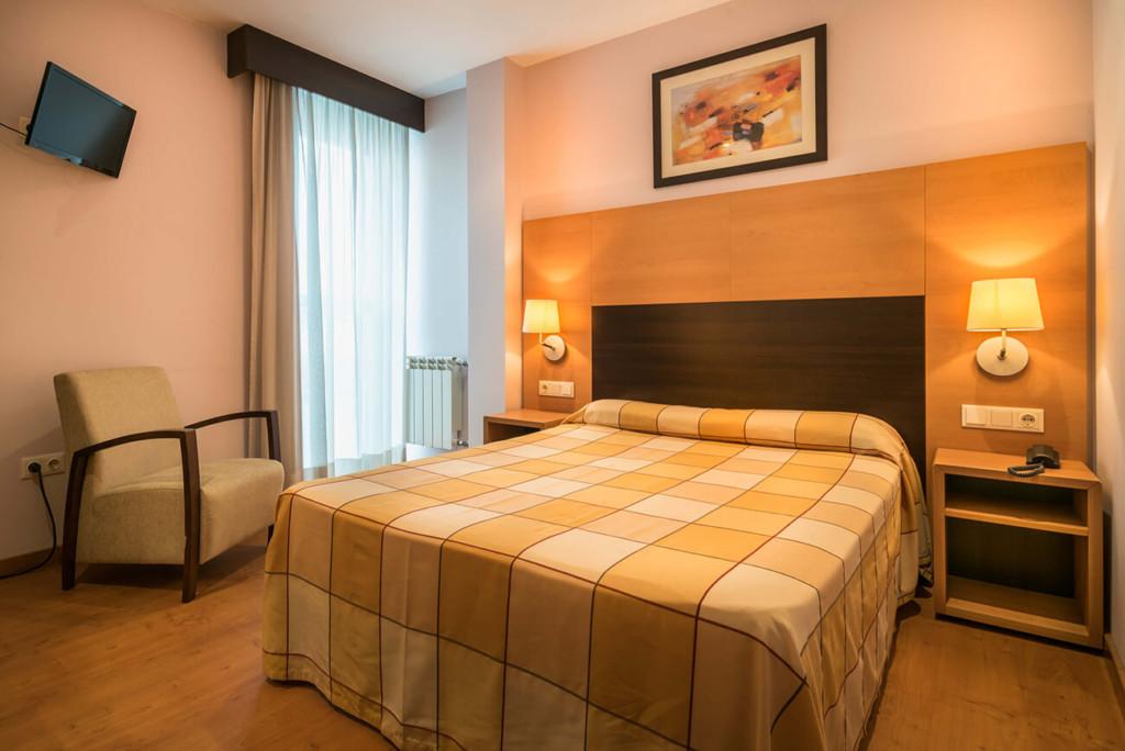 hotel-ms-boiro-habitacion-matrimonio